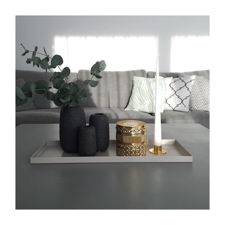 #aytm Black Gemma vases- looking good!  Photo: bybinett