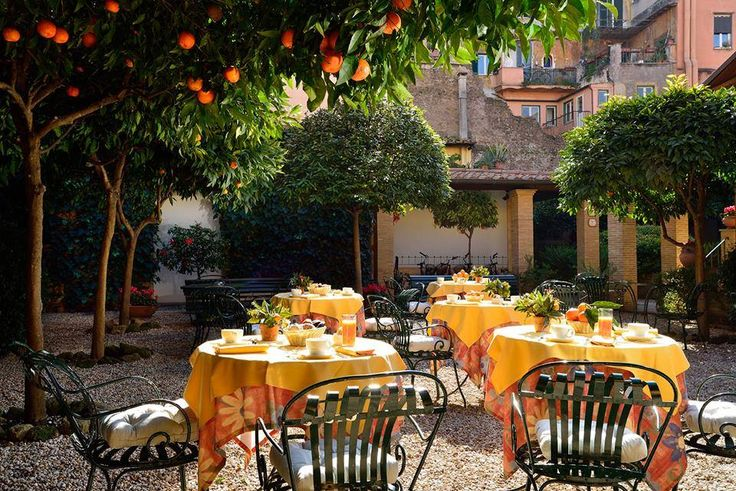 Lunchtime in Tuscany