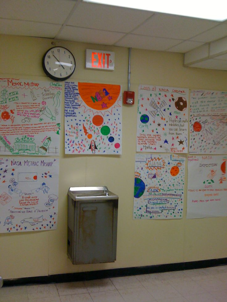 Collaborative posters: Each student has one colored marker. Students are not allowed to swap colors with other students. Teacher can assess at a glance who contributed what to the activity.