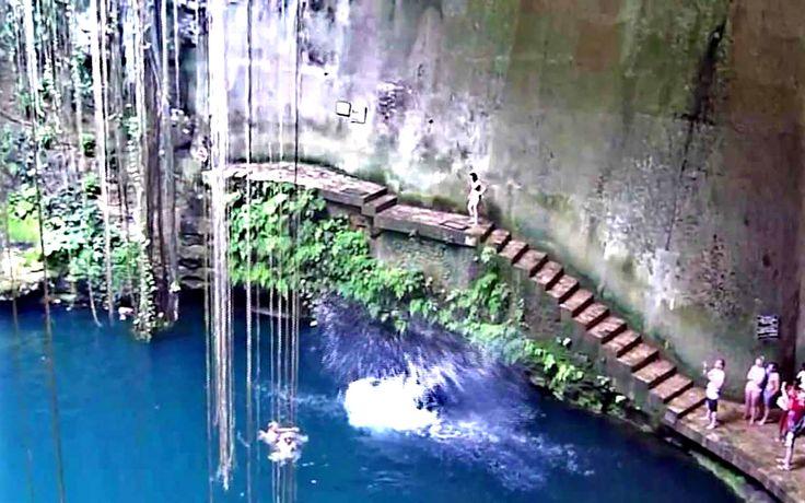 Cenote Ik Kil Wallpaper