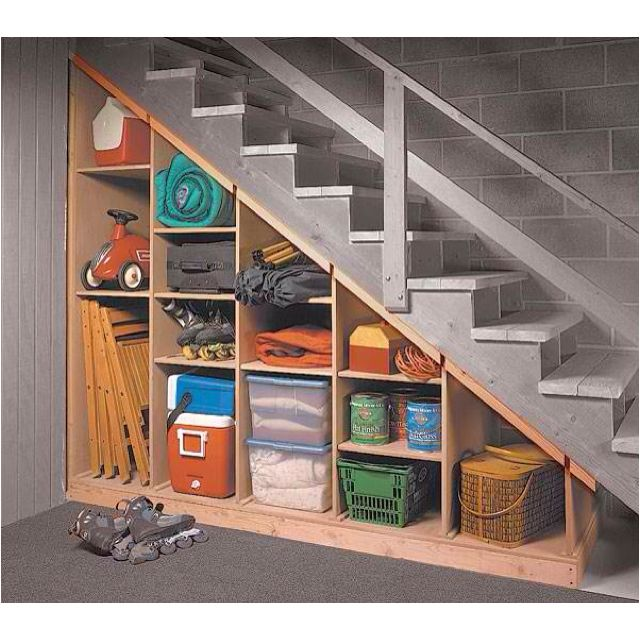 under basement steps storage... what a great idea, maybe we can fix something like this under ours