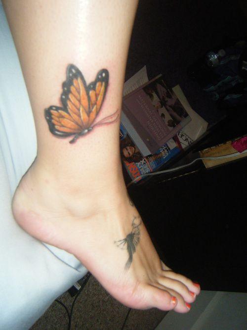 Gelber realistischer Schmetterling aus dem Wildwood Tattoo Beach Bash von Jon Clement …, # …