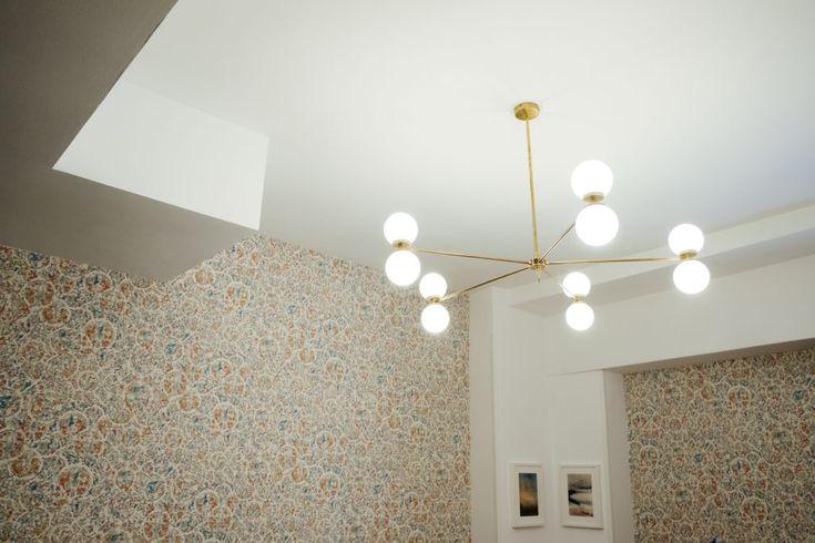 Lampara de techo para un salón sin luz, decora e ilumina.