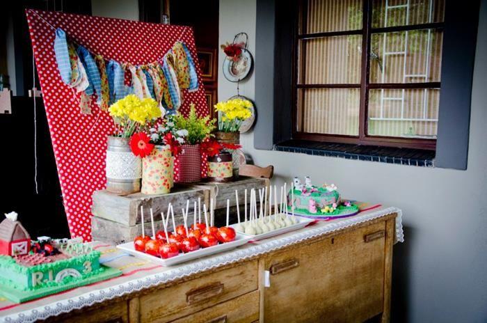 Vintage Farm Party via Kara's Party Ideas | Kara'sPartyIdeas.com #ShabbyChic #Barnyard #Farm #Party #Ideas #Supplies (13)