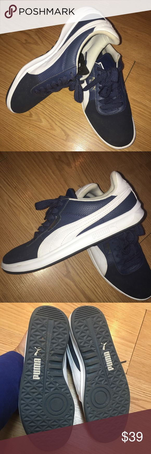 Men's Puma G. VIllas tennis sneaker In Excellent condition! Only worn a handful of times. Dark blue Puma Shoes Sneakers