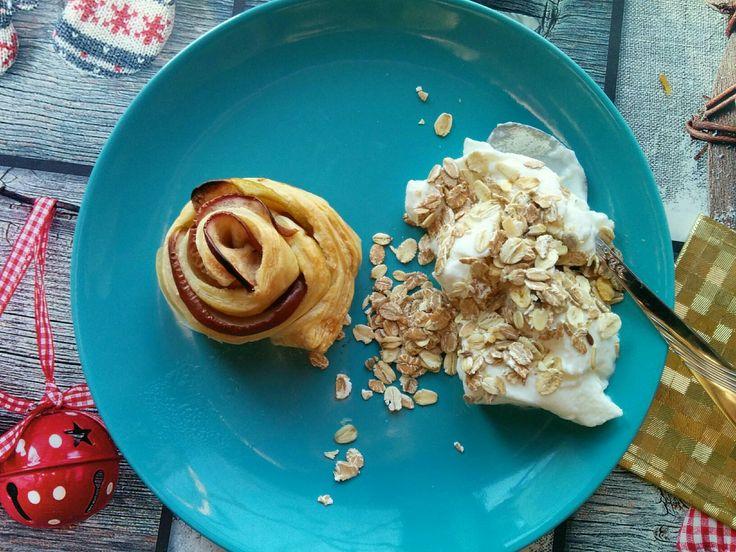 Apple flower & yogurt *  breakfast