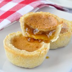 The Best Classic Canadian Butter Tarts - there's a reason why we have a national obsession with these sweet, buttery, caramel-y tarts. They are fantastic!