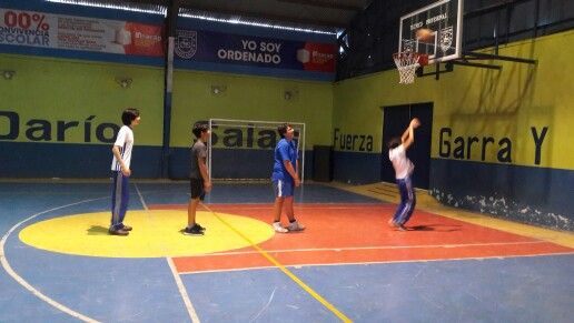 Dinámico entrenamiento de la Selección de Básquetbol en #CDSPolivalente