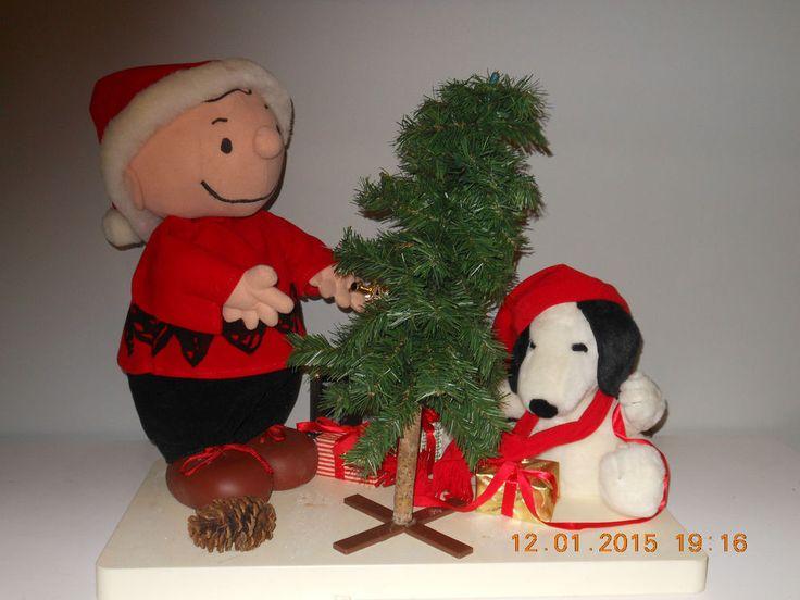 Animated Peanuts Snoopy Charlie Brown Xmas Tree Display