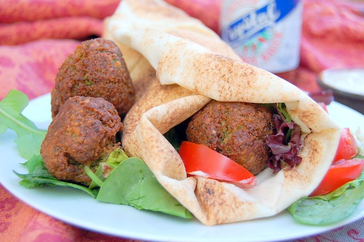 how to make lebanese falafel wrap