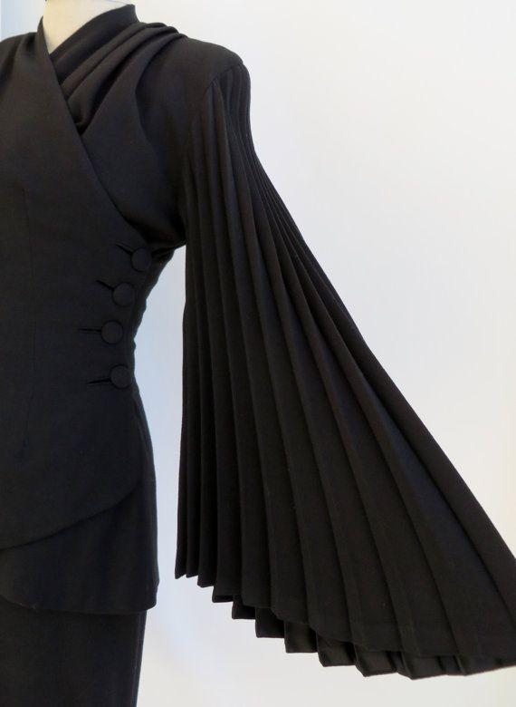 Vintage 1940s Dress Suit / Designer Lilli Ann by 4birdsvintage