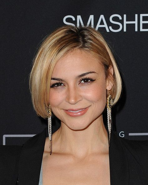 Samaire Armstrong Short Hairstyles: Classic Short Bob with Blunt Under Curled Ends