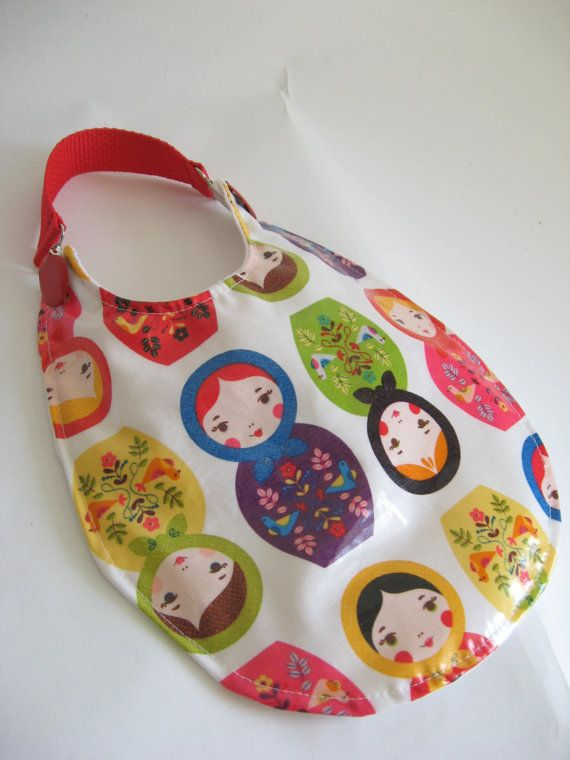 Baby Bib, Matryoshka Doll Bib, Laminated Cotton Bib, Waterproof Bib, Russian Doll Bib, Baby Girl Bib, Plastic Bib, Vinyl Bib, Baby Shower