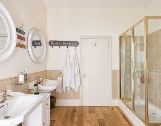 Coastal Bathroom Ideas: Best 25+ Coastal Bathrooms Ideas On Pinterest