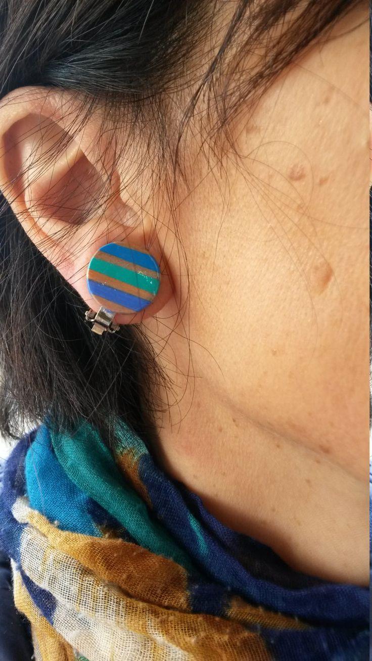 PENCIL COLORS CLIP EARRINGS orecchini a clip cerchio righe matite colorate pastelli di BluanneColorWood su Etsy