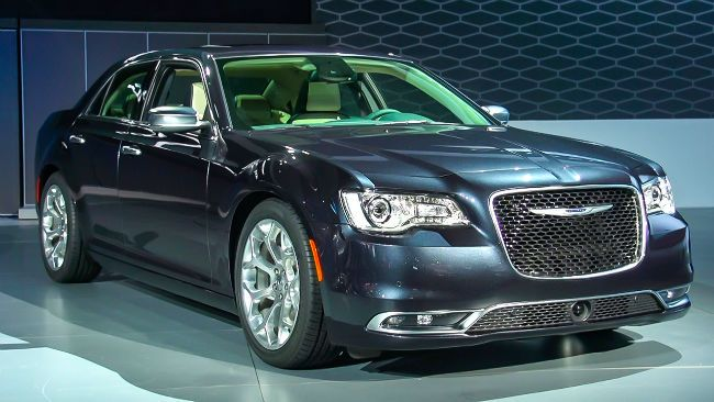 2018 Chrysler 300 SRT-8 is the featured model. The 2018 Chrysler 300 SRT image is added in car pictures category by the author on Jan 5, 2017.