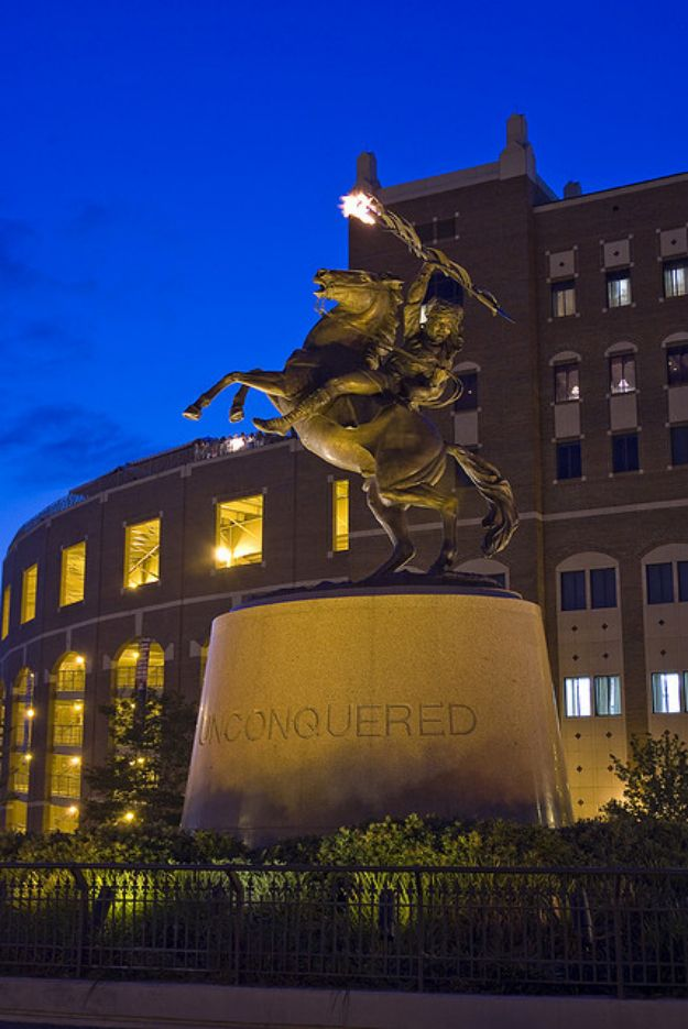 The Unconquered Statue was your symbol of hope. | 31 Signs You're A Florida State Seminole