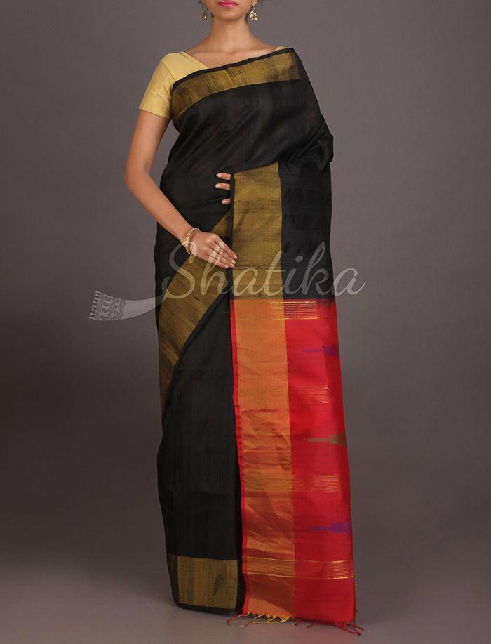 Neera Bold Plain Black Contrast Pallu Pure #IkatSilkSaree