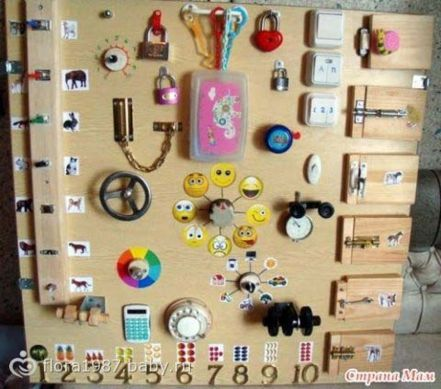 Table-to-edge-to-child-DIY-activities-simple-homemade-3