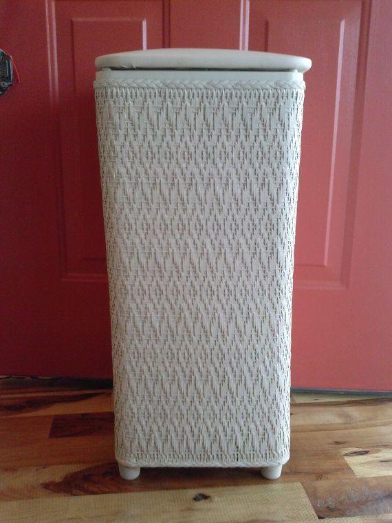 Vintage White Wicker Laundry Basket Shabby Chic Hamper Linen Storage