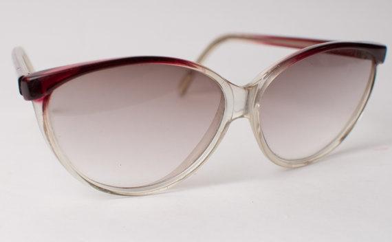 Amazing Vintage/Retro CatEye Sunglasses, OneLittleBirdShop, £12.00