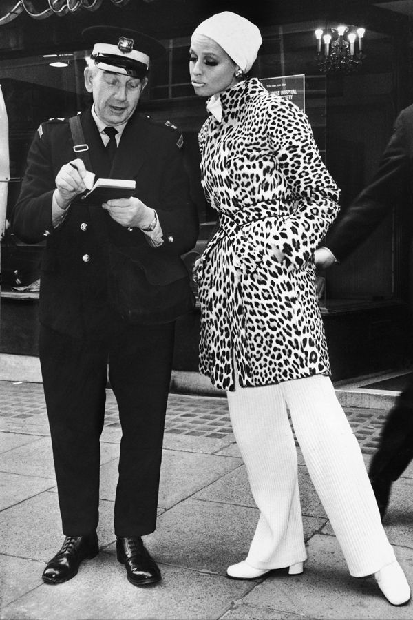 1969: Fashion police? Don't pull me over. It's just leopard print. #refinery29 http://www.refinery29.com/vintage-street-style-pictures#slide-21