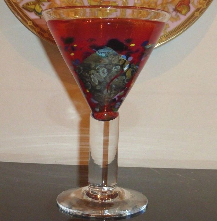 KOSTA BODA BERTIL VALLIEN 99694 SATELLITE COLLECTION RED MARTINI GLASS #KostaBoda
