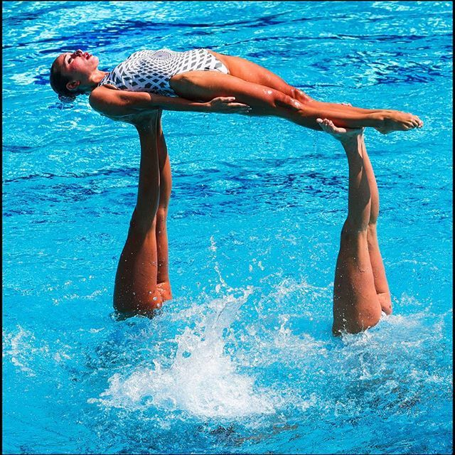 Ukraine performs in Synchronized swimming in Rio, winning the Silver Medal…