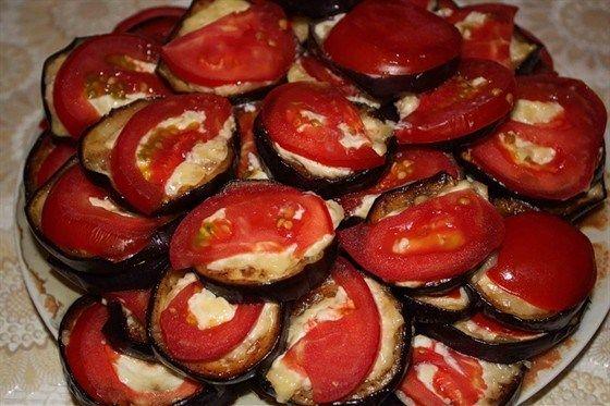 Zapečený baklažán so syrom a paradajkami