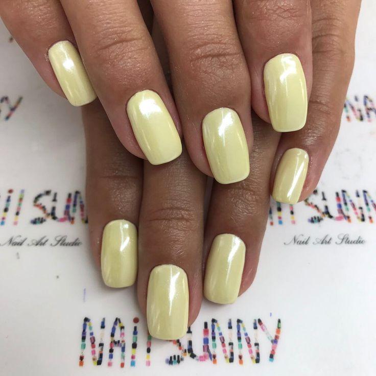 4,737 отметок «Нравится», 17 комментариев — +7(919)7777-2-79MOSCOW  (@nail_sunny) в Instagram: «Втирка на желтом цвете - WHITE PLATINUM »