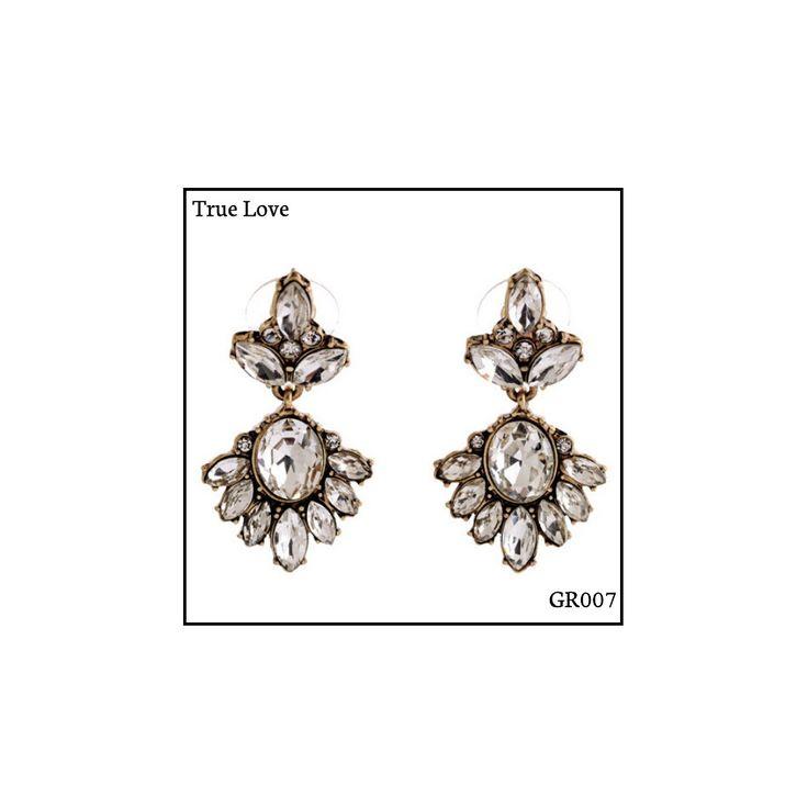 Ref: GR008 True Love  Medidas: 4 cm x 2 cm So Oh: 5.99🌱#sooh_store #onlinestore #glam #style #brincos #earrings #fashion #shoponline