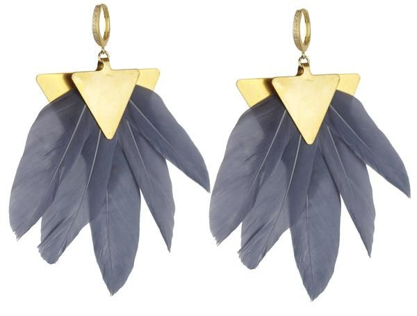 The Artemis earrings consist of vintage brass metal and feathers.  Their geometric simplicity and subtle color make them the ideal fashionable earring.
