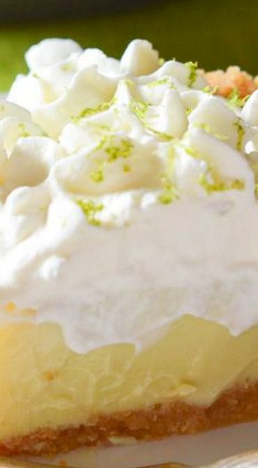 Super Simple Key Lime Pie ~ This super-simple key lime pie will make it feel like summertime in your kitchen, no matter what time of year it is!