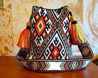 Crocheted Multi-Colored mochila bag - Pattern of Ukrainian folk embroidery - wayuu tecnique crochet- crossbody bag, boho bag - YGF3