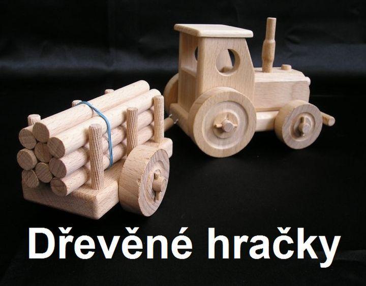 Dřevěné hračky, traktor s vlečkou