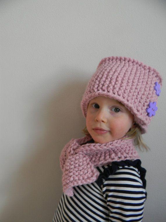 Knitting Pattern Hat With Button : Knitting Pattern PDF Hand Knit Pillbox Hat, Chunky Knit ...
