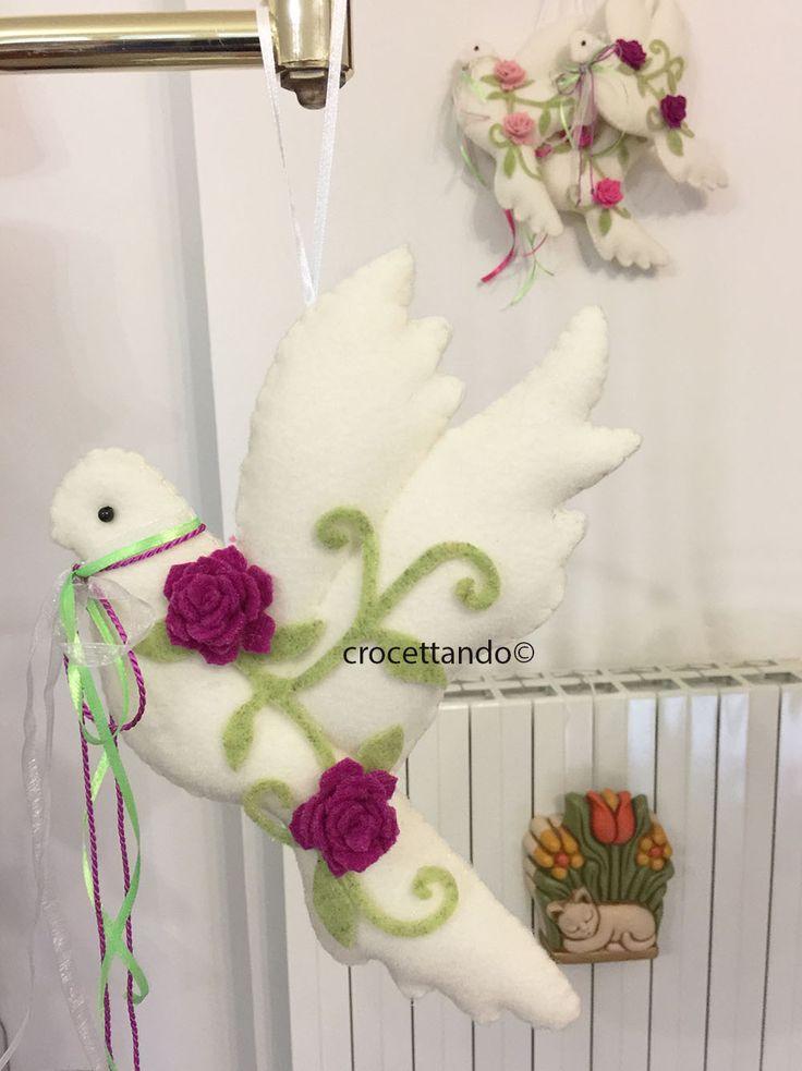 Colombina di Pasqua in feltro by giuseppina ceraso crocettando https://crocettando.wordpress.com/2018/02/04/colombina-di-pasqua-in-feltro-tutorial/
