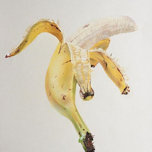 Парящий банан #пастель #рисуюпастелью #банан #фрукты #softpastels #softpastel #pasteldrawing #cansonpaper #canson #banana