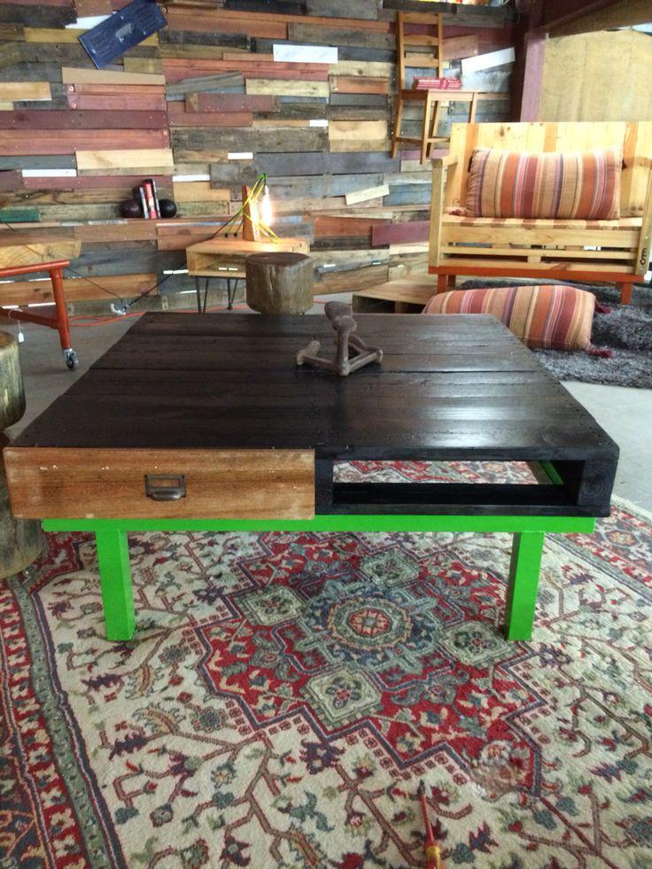 Pallett coffee table