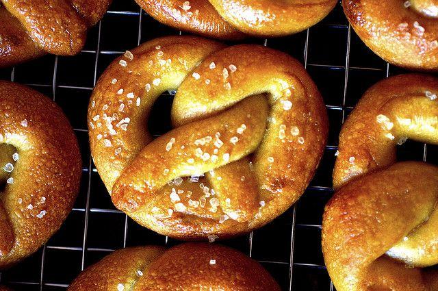 Miniature Soft Pretzels Recipe — Dishmaps