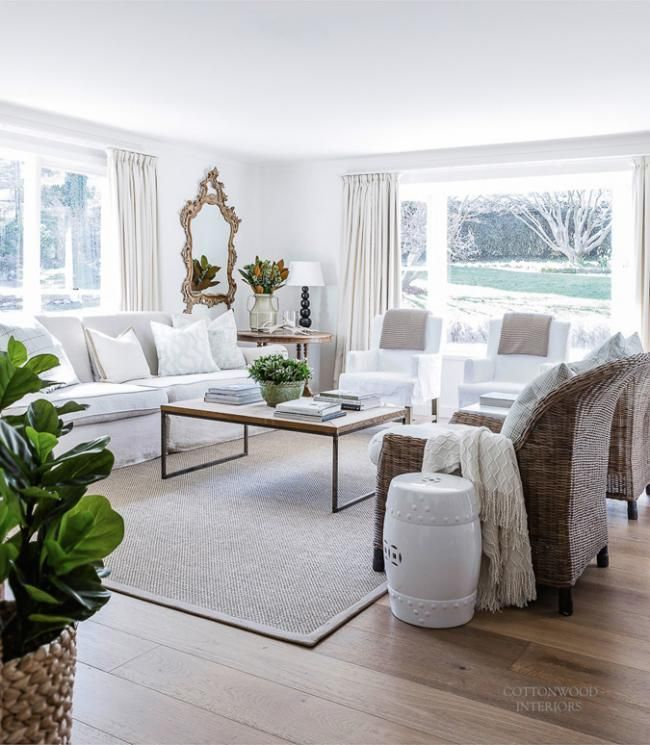 Modern White Farmhouse Design And Decor Modern Farmhouse Living