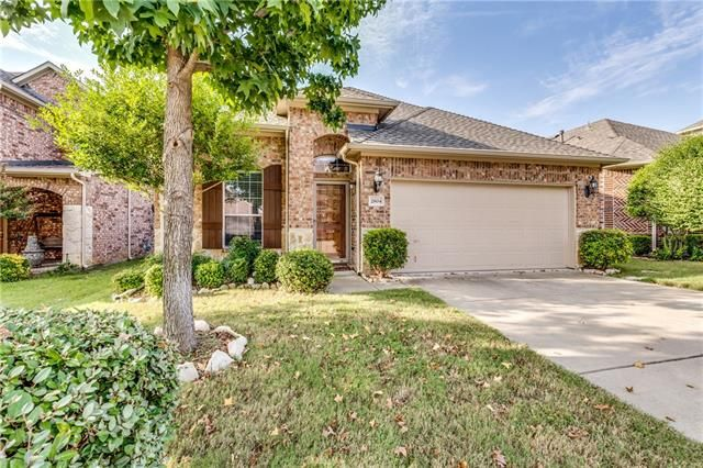 The east #Plano #home in on a beautiful heavily wooded Greenbelt lot overlooking creek, gorgeous view from extended covered patio, This 3/2/2 can be viewed this Saturday from 1 to 3 during its #OpenHouse. 2804 TANGERINE LANE, PLANO, TX 75074 – 'bit Southern Realty Group   eXp Realty