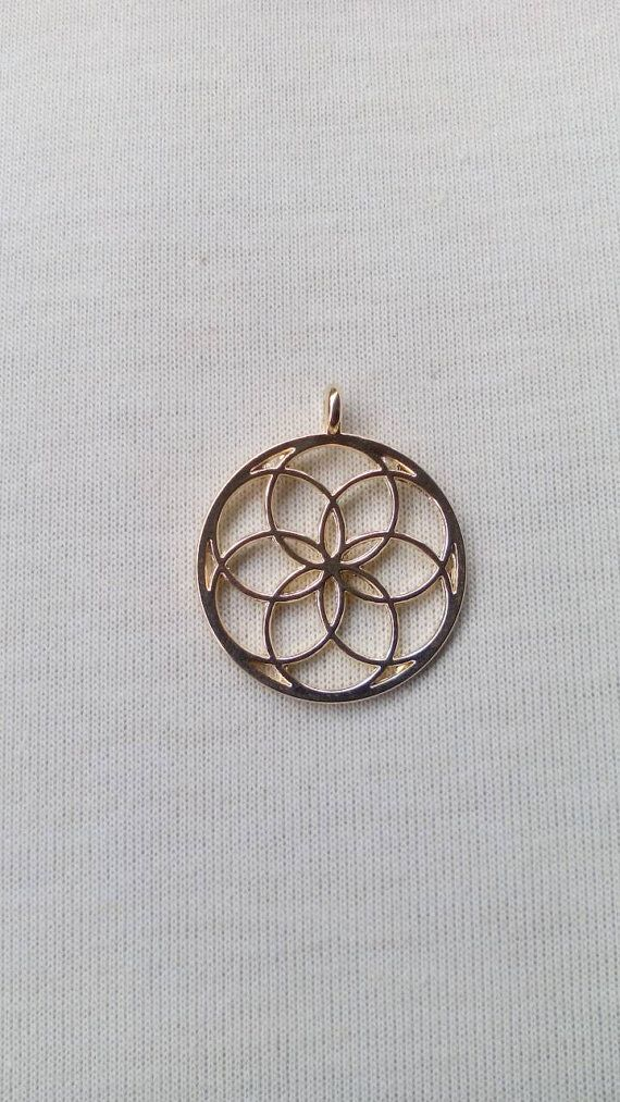 Sacred geometry pendant. Seed of life by Miascraftsupplies on Etsy