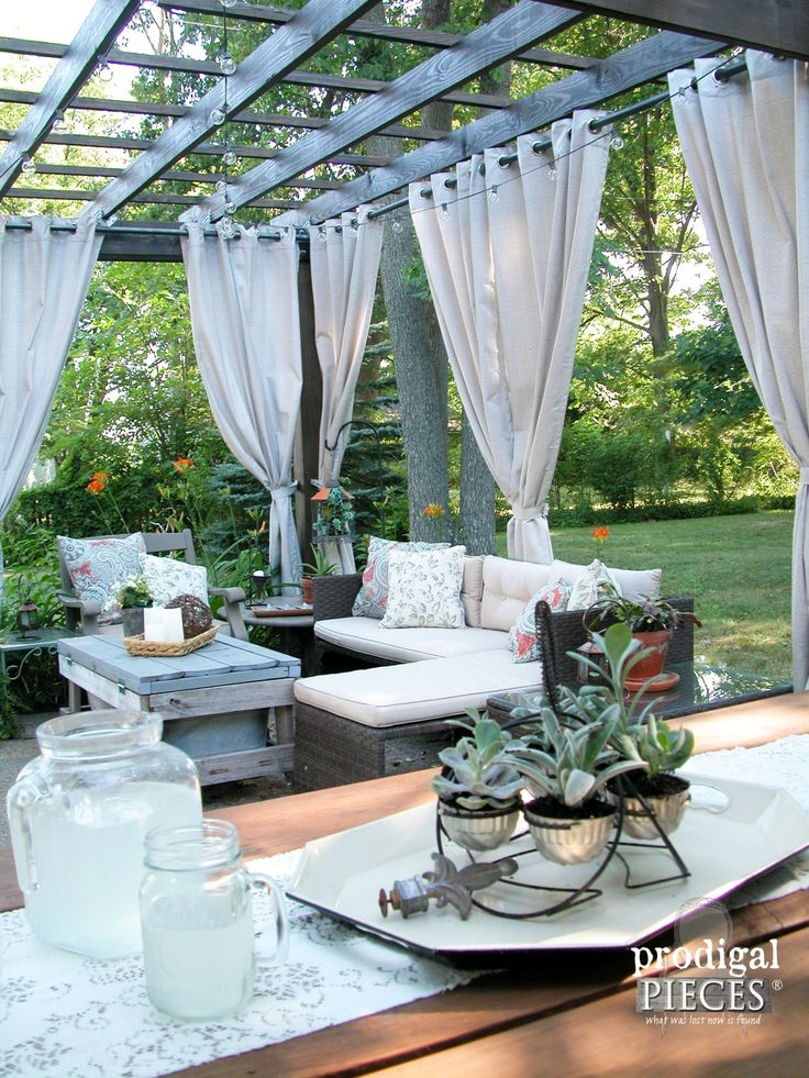 DIY Patio Design with Pergola Curtains and