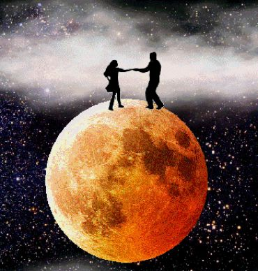 it's a marvelous night for a moon dance...