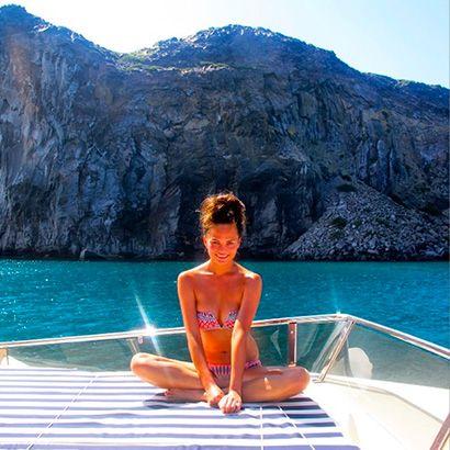 Chrissy Teigen | Best Celebrity Bikini Bodies