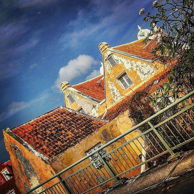 https://flic.kr/p/D5s718 | #relivingthemoments:  Huize Sebastopol, one of my favorite buildings of my Hometown  (Otrobanda,2015)  #Otrobanda,#Willemstad,#Curaçao,#2015,#2016   (By: K.J.V.W 2015-2016)