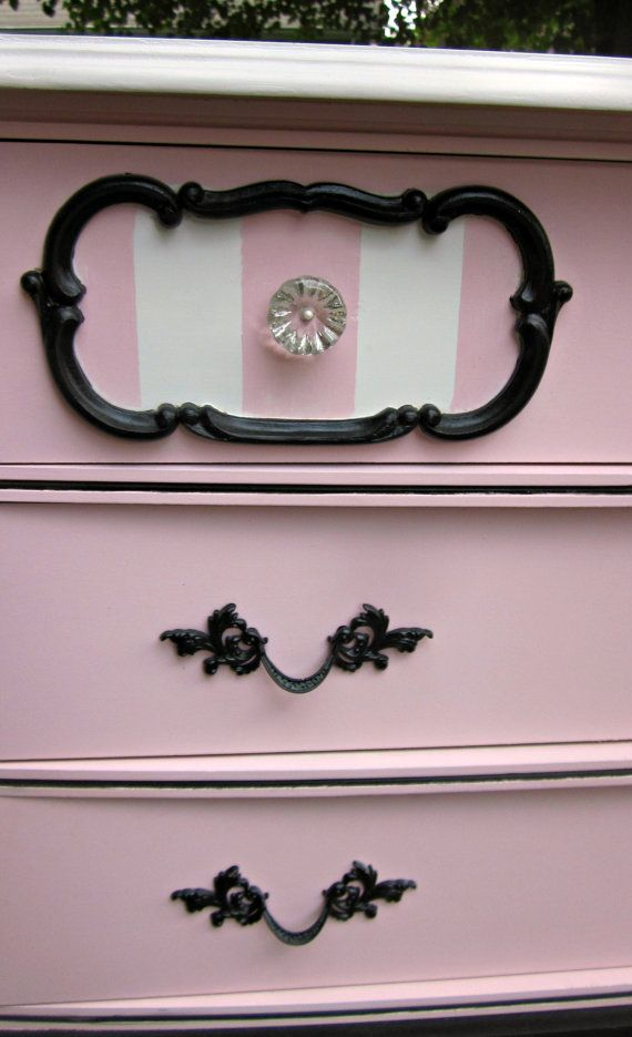 Petite French Provincial Paris Dresser Set