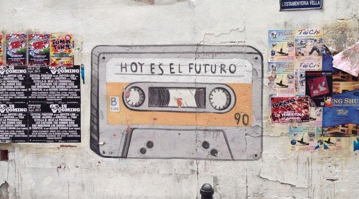 """""""Kunst hangt in Valencia niet alleen in musea maar vooral op straat. De Street Art in Valencia is onder Street Art junkies wereldberoemd en heeft ook bekende graffiti artiesten voortgebracht zoals Deih en Escif."""" Lees verder op https://www.reiskrantreporter.nl/reports/6100"""