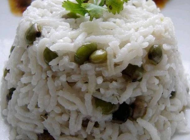 "Panamanian food: - ""Arroz con coco y guandu"" - Rice with pegeon peas and coconut milk... I'm in heaven"